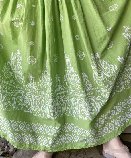 黄緑×白エスニック柄半袖ロングワンピース