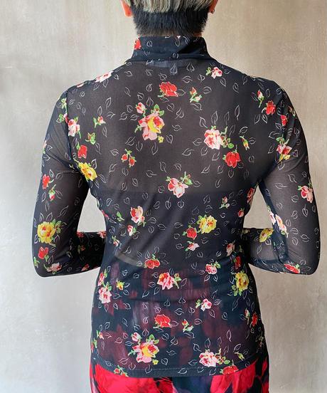 黒花柄シースルーギャザーブラウス