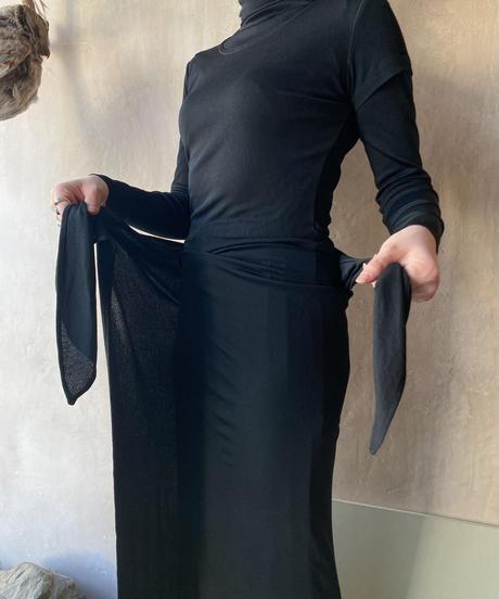 黒巻き半袖ワンピース