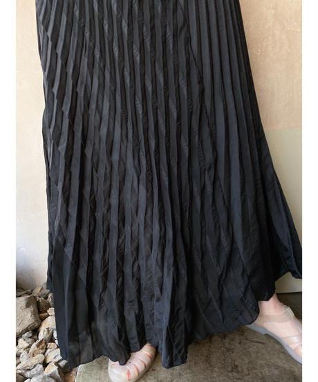 黒切り替えデザインプリーツスカート