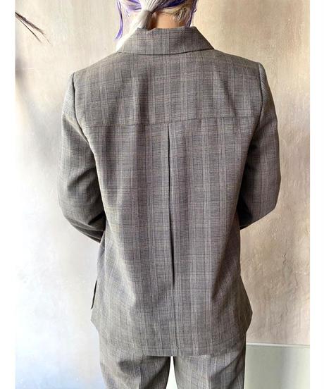 バックタックデザインジャケットパンツセットアップ