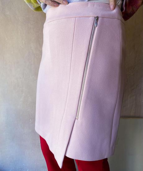 ペールピンク台形スカート