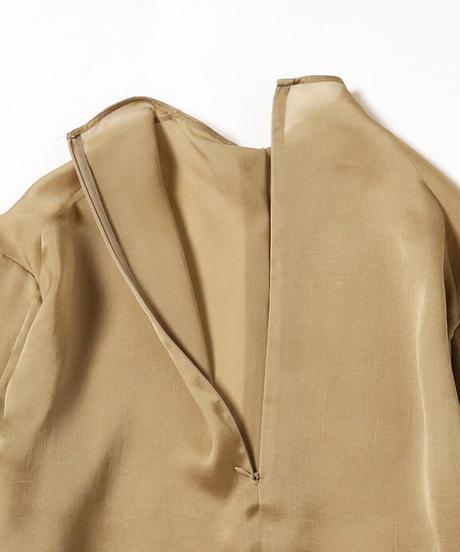 【AKIRANAKA】Alex outseam blouse/Beige