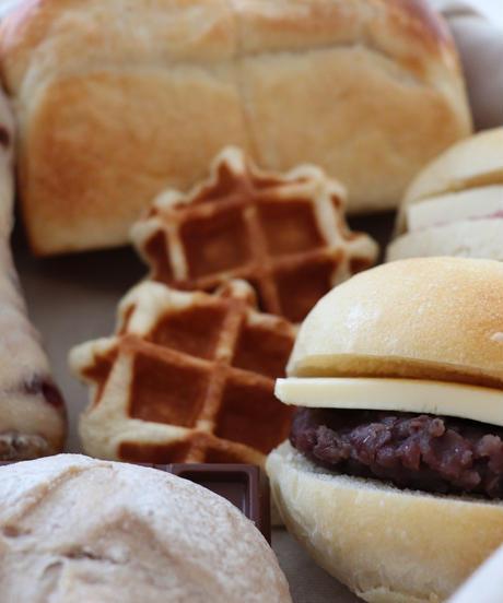 9月4日 パン食堂のパンの箱(工房お渡し希望のお客様)
