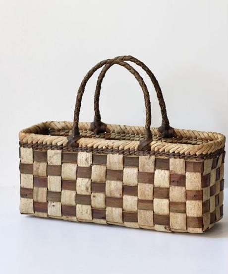 横幅37cm  横長シルエット 沢胡桃のかごバッグ   (クルミ/くるみ/籠)  オズのかごバッグ