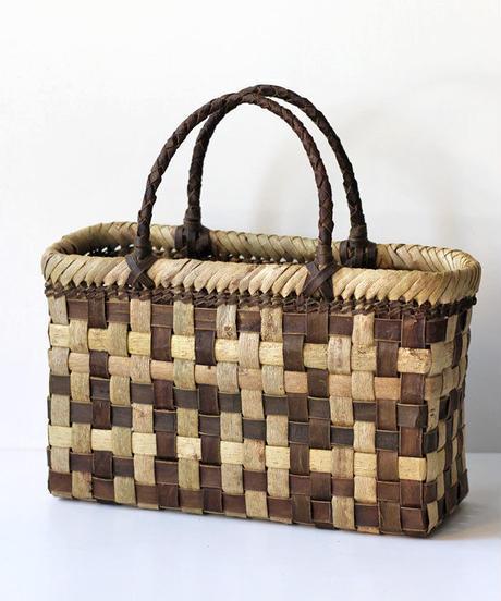 横幅33cm モザイク柄 沢胡桃のかごバッグ   (クルミ/くるみ/籠)  オズのかごバッグ