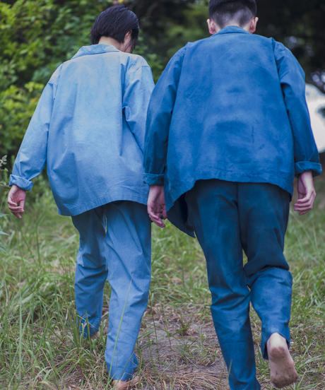 UNEVENLY DYED COTTON NEP PANTS / NUIT BLUE