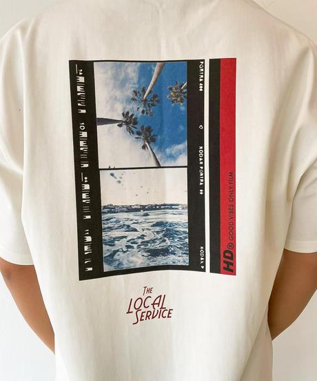 【すぐにお届け】The local service Tシャツ