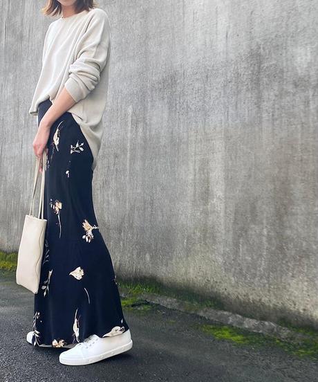 SACRA(サクラ)AUTUMN FLOWER スカート 990.BLACK
