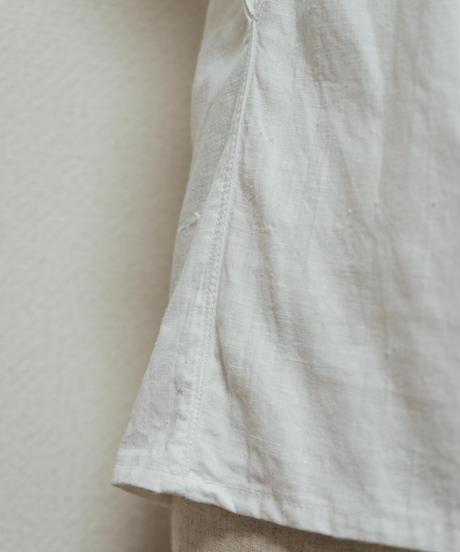 薔薇刺繍ブラウス
