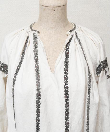 ストライプ薔薇刺繍ワンピース
