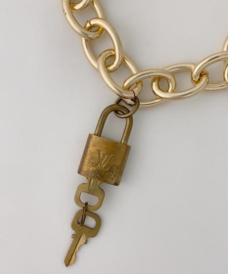 Louis Vuitton カデナ(南京錠) ネックレス