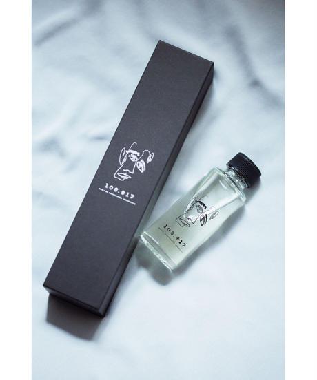 Room fragrance / Diffuser