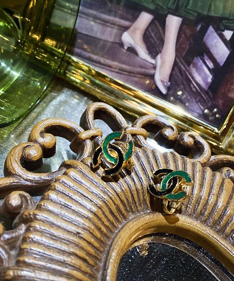 【CHANEL】 バイカラーココマークイヤリング グリーン/ブラック