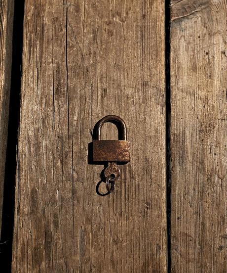 RESURRECTION  padlock