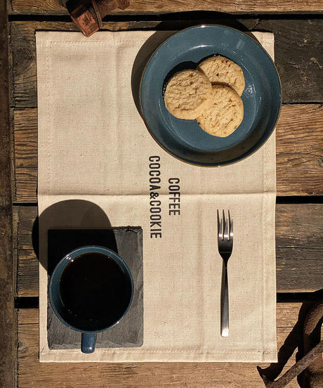 R's C coffee Table mat (3C)