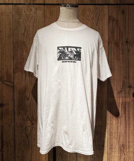 H.O.T.W graphic Tee #4 (WHITE)