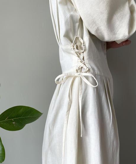 laceup tuck onepiece(vanilla)
