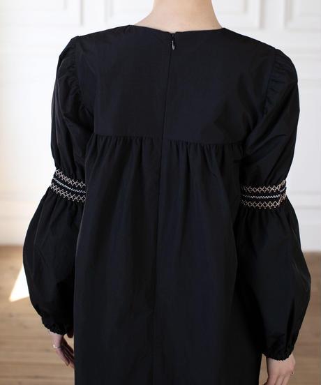 (original)スモック刺繡ワンピース