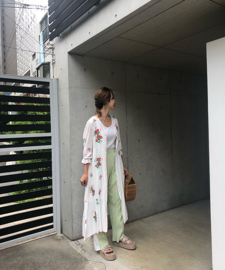 (select)flower刺繍ガウン
