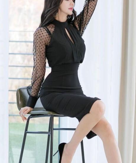 ドット柄スリーブドレス