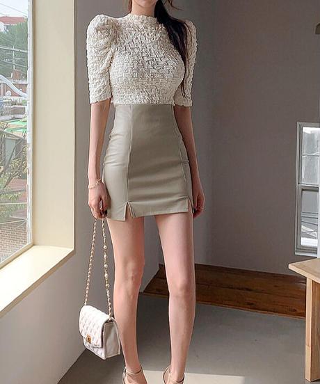 ワッシャートップス+レザーミニスカート