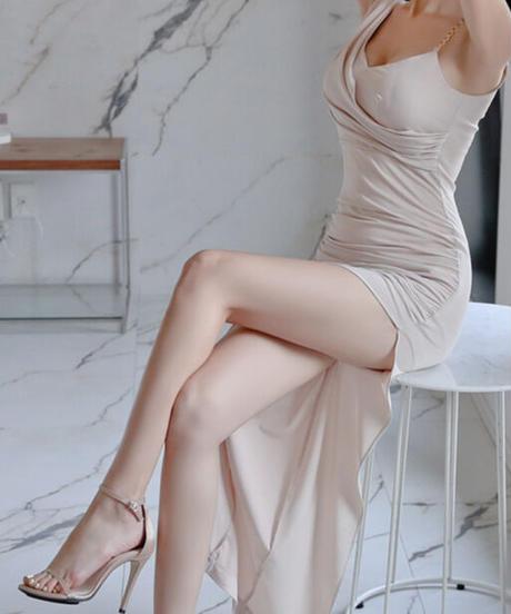 ワンショルダーチェーンスリッドロングドレス