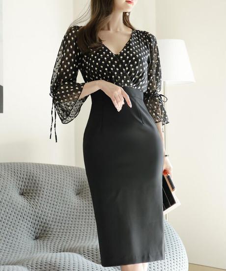 ポルカドットスリムドレス