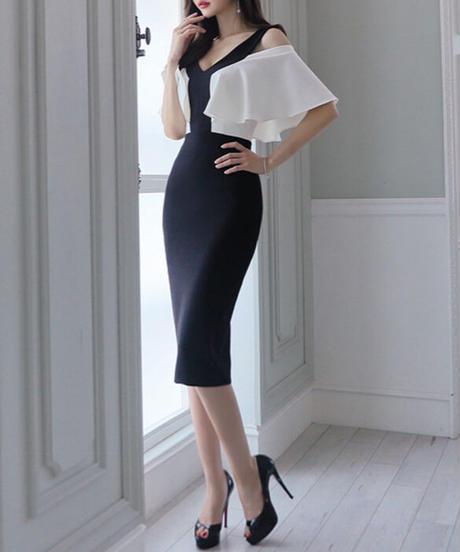 バイカラーフリルスリーブドレス