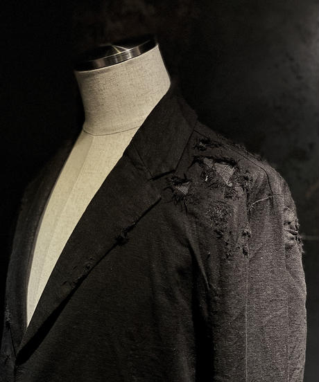 Damage linen jacket