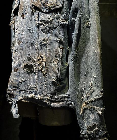 Hard damage & patchwork denim jacket
