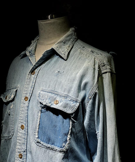 Damage vintage denim shirt #1