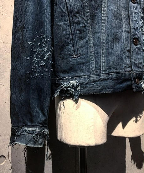 Dyed damage denim jacket