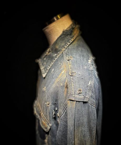 Vintage damage denim shirt