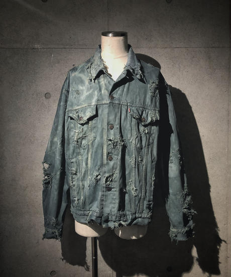 Dyed Vintage damage denim jacket