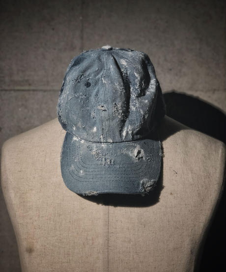 Denim damage CAP light blue