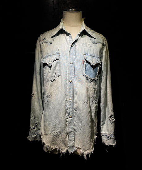 Damage vintage denim shirt #1