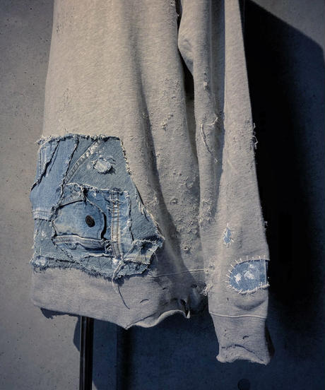 Denim pocket damage  sweat shirt