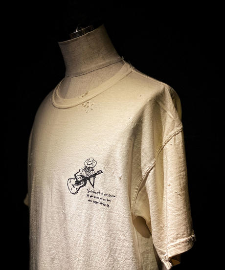 Sing with a guitar T-shirt OLD WHITE