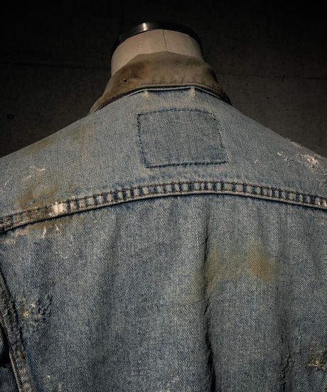 Corduroy collar hard damage denim jacket