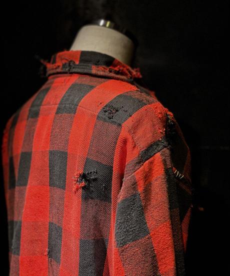 Damage vintage plaid shirt