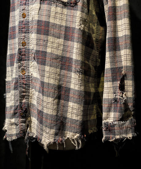 Damage vintage plaid shirt #1