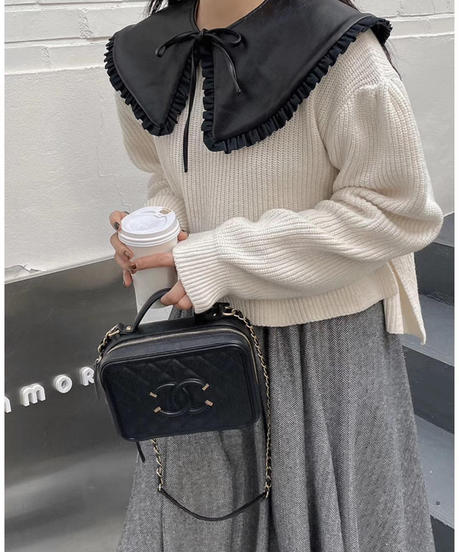 Puレザー付襟フリル/ブラック・アイボリー