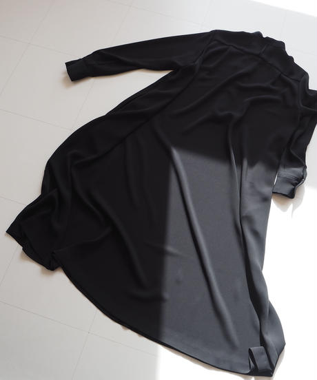 "Graphpaper ""Satin Band Collar Flare Dress"" Black"