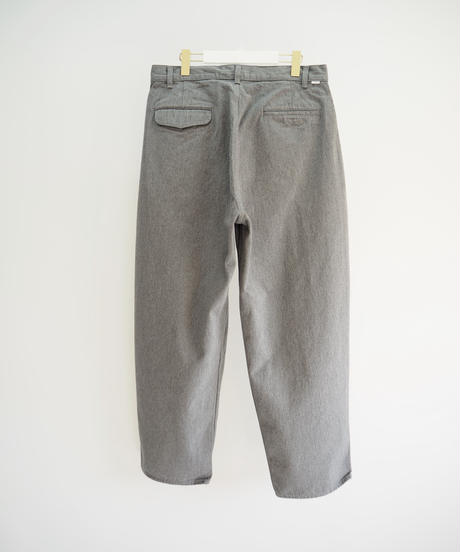 "Graphpaper ""ColorfastDenim 2Tucks Pants"" grey"