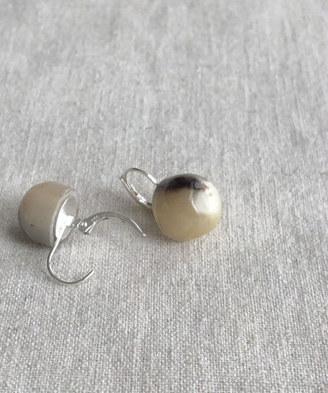 Kostkamm / Horn earring  halfround / 925 silver hoop