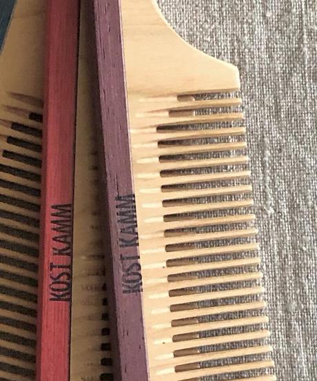 kostkamm /wood   hair comb / 16cm / wide / 7b