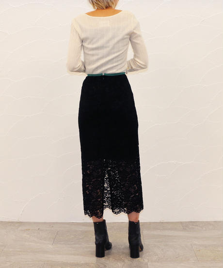 [20AW] VELOR LACE TIGHT SKIRT