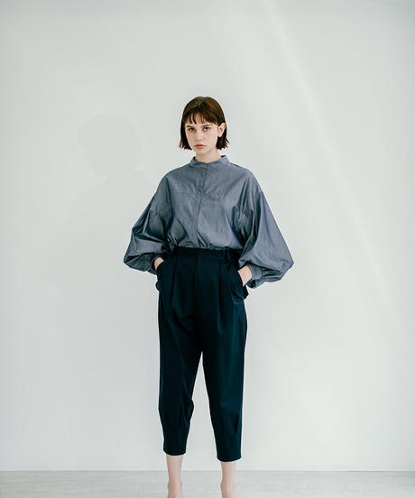 [21SS] TUCK DESIGN VOLUME PANTS