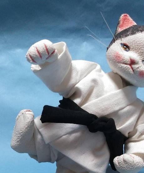 空手をする猫2